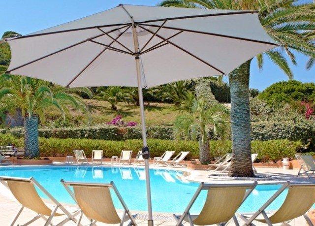 umbrella ground chair swimming pool property gazebo Pool Villa outdoor structure lawn backyard set blue empty shade sandy