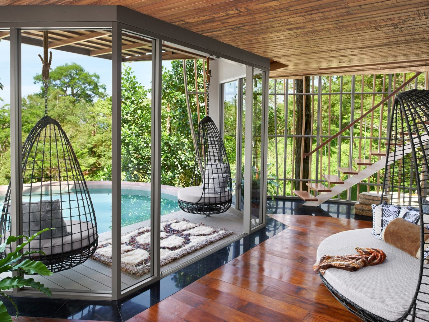 Travel Tips building table property window Living estate porch real estate outdoor structure Villa condominium backyard furniture home Courtyard Resort interior design Dining orangery mansion swimming pool area wood