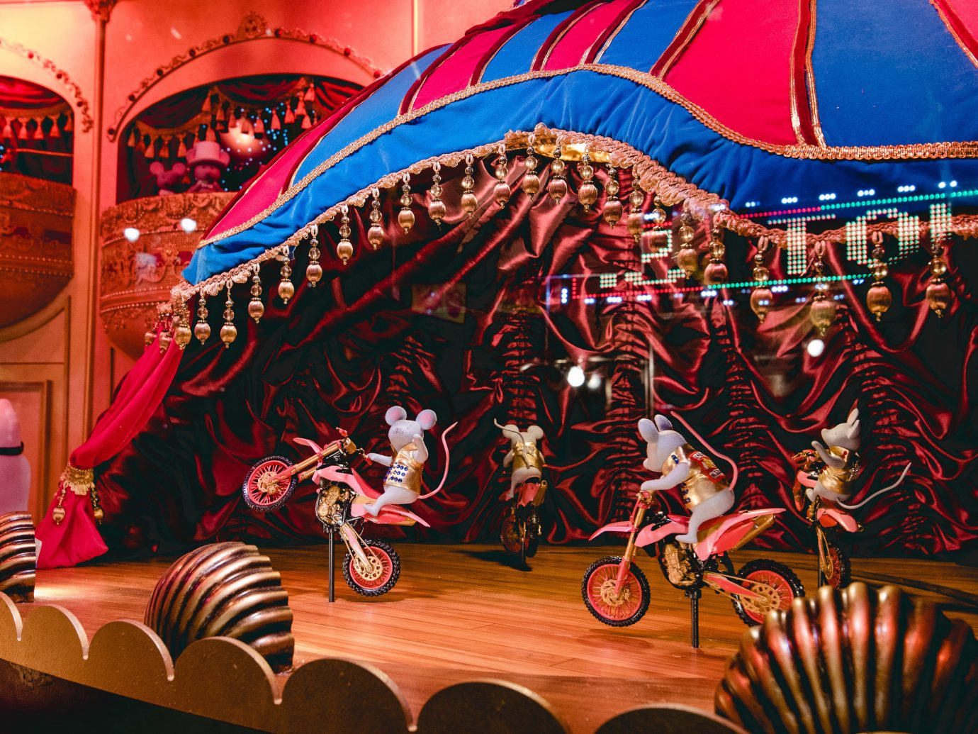 Offbeat Winter Entertainment amusement ride stage amusement park fair fête art festival circus recreation fun decorated