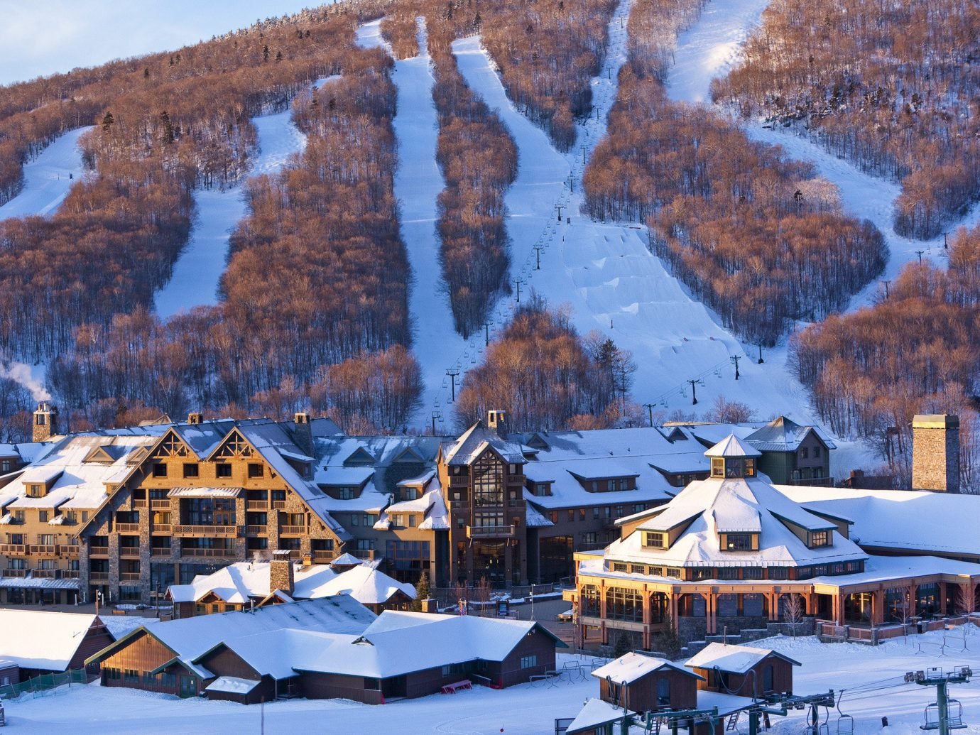 Hotels Weekend Getaways snow Winter outdoor mountain weather season geological phenomenon Resort mountain range piste