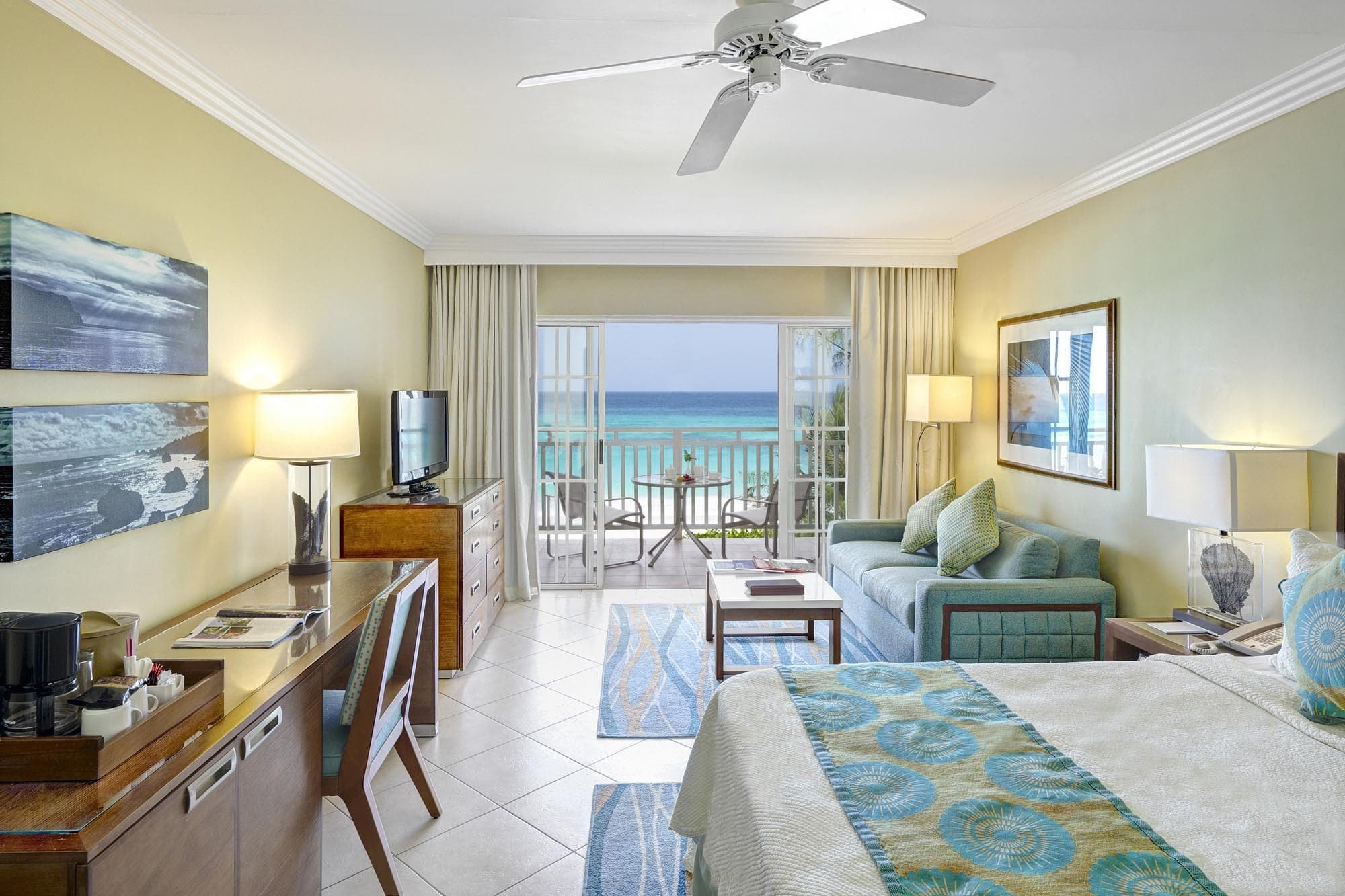 All-Inclusive Resorts Hotels indoor ceiling wall floor room Living window living room furniture interior design real estate Suite estate hotel Resort Bedroom penthouse apartment area wood decorated