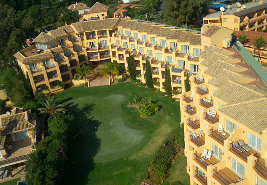 tree property structure mansion sport venue residential area bird's eye view Resort aerial photography condominium palace