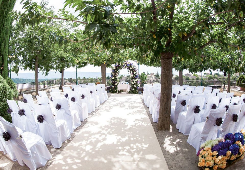 tree ceremony aisle wedding flower Resort lined bedclothes