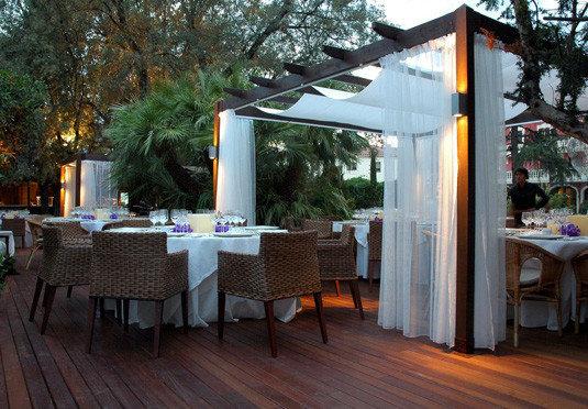 tree property building outdoor structure restaurant backyard cottage Resort