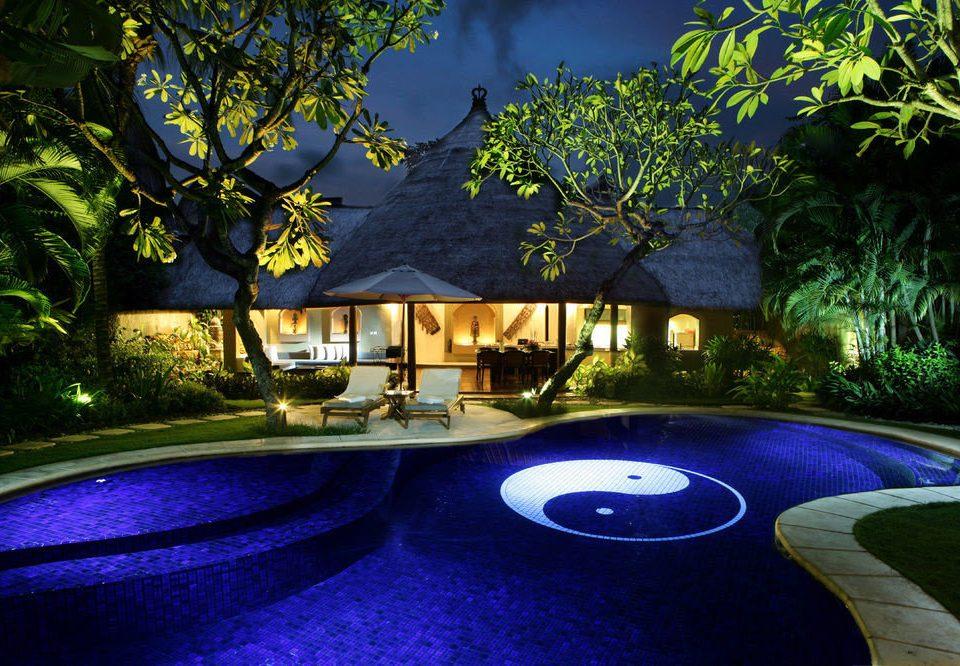 tree swimming pool landscape lighting backyard Resort lighting mansion plant
