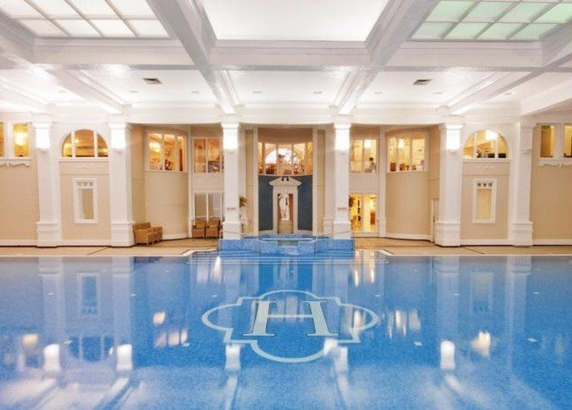 leisure centre swimming pool function hall ballroom palace Resort mansion empty