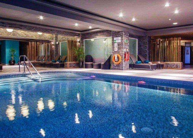 swimming pool property leisure blue Resort leisure centre condominium bathtub