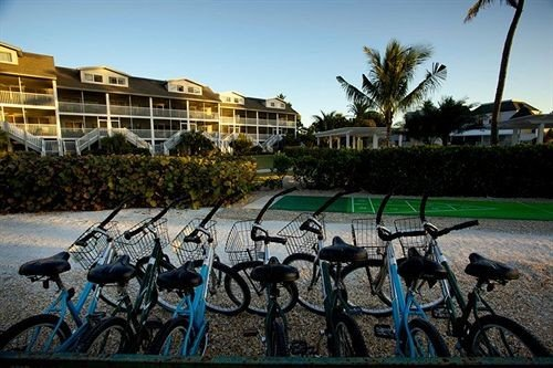 sky bicycle ground leisure parked plaza Resort vehicle carriage