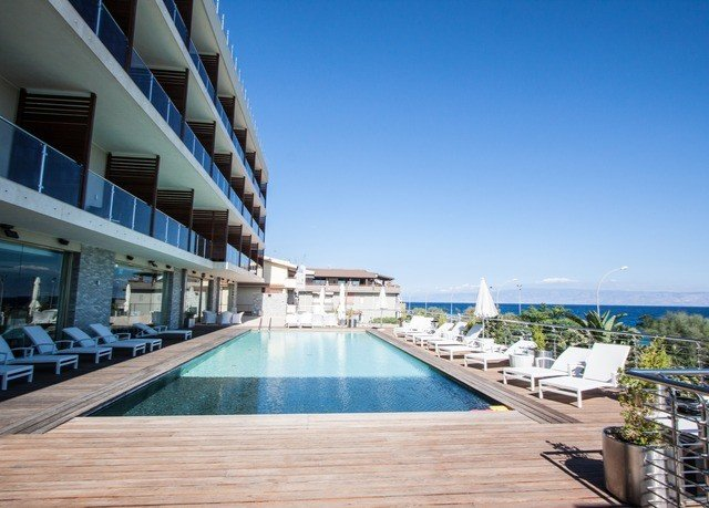 sky property swimming pool marina leisure Resort dock walkway condominium boardwalk