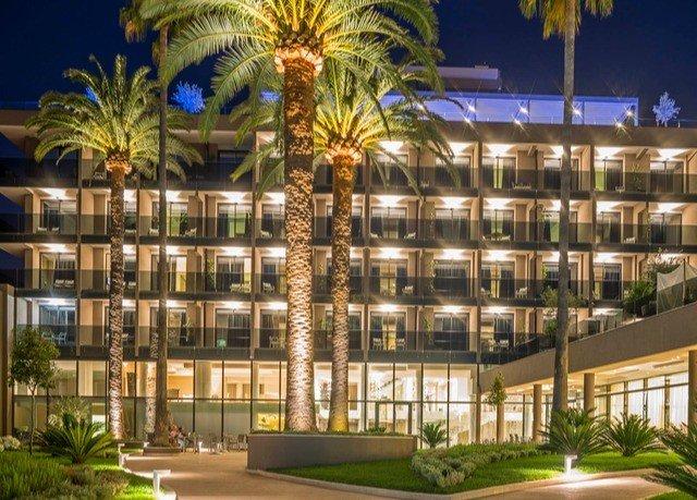 condominium plant building plaza Resort convention center mixed use