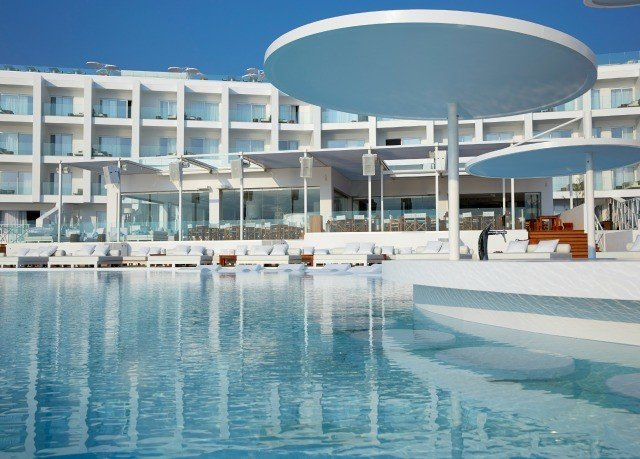 building sky marina swimming pool property condominium dock Resort leisure centre plaza