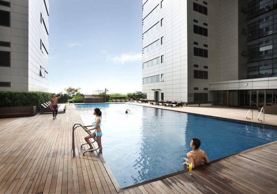 building water leisure swimming pool property condominium reflecting pool Resort plaza