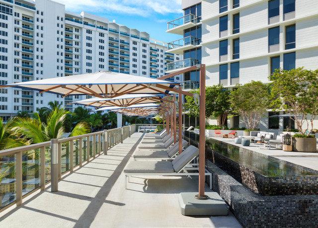 building condominium plaza property residential area walkway Resort urban design lined