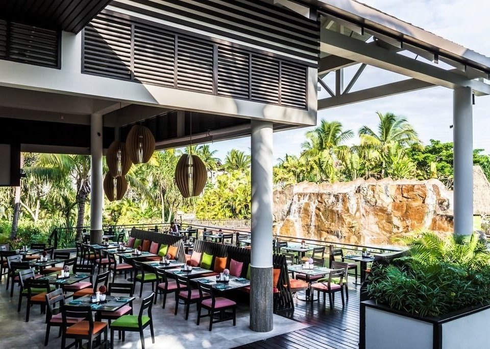 building restaurant Resort plaza outdoor structure condominium porch