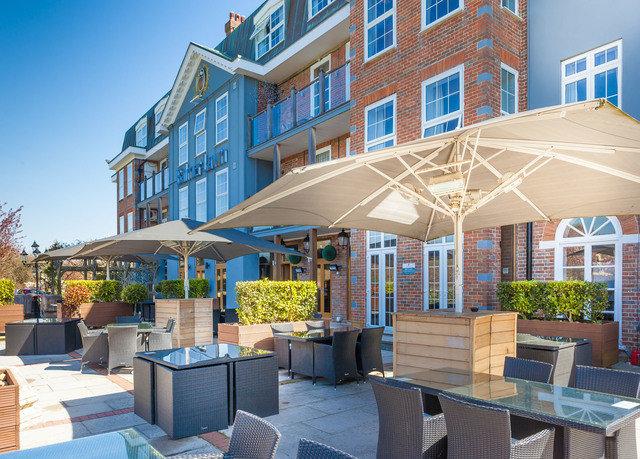 building property condominium Resort plaza outdoor structure restaurant