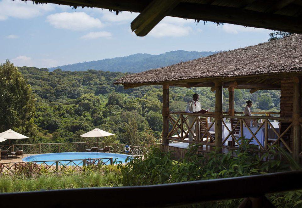 building mountain Resort cottage overlooking