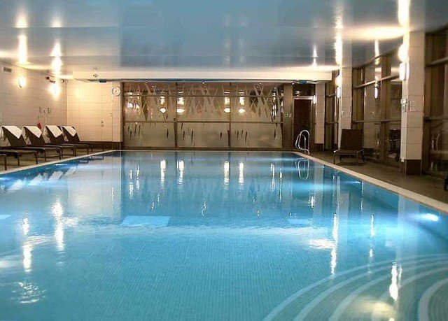 swimming pool property building leisure centre thermae Resort