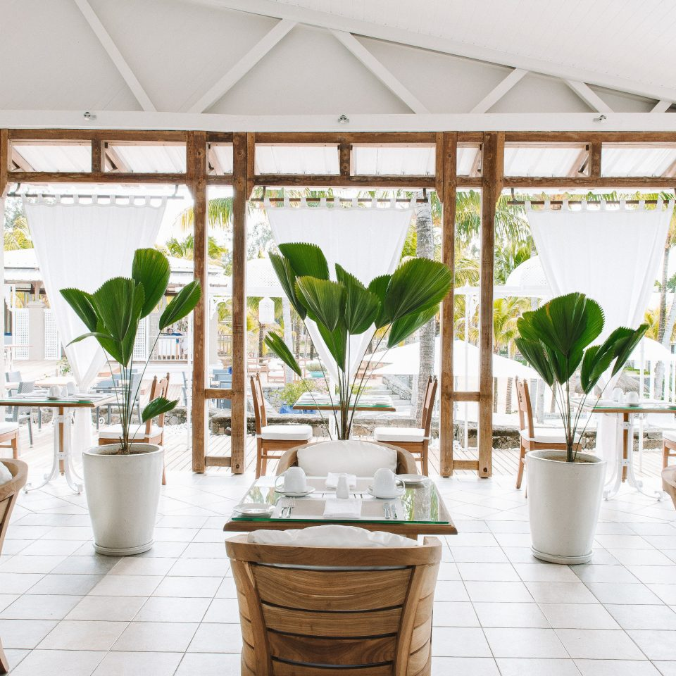 chair property Resort home restaurant function hall porch