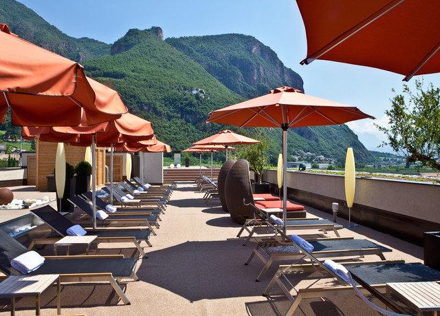 sky umbrella mountain chair leisure Resort tent set