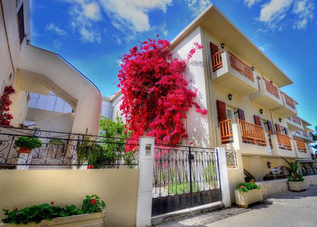 sky color house neighbourhood flower home restaurant Resort
