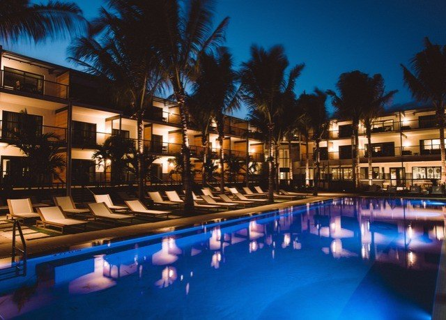 sky Resort property resort town swimming pool leisure lighting mixed use night condominium home landscape lighting evening palm tree
