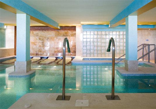 swimming pool property leisure centre Resort condominium