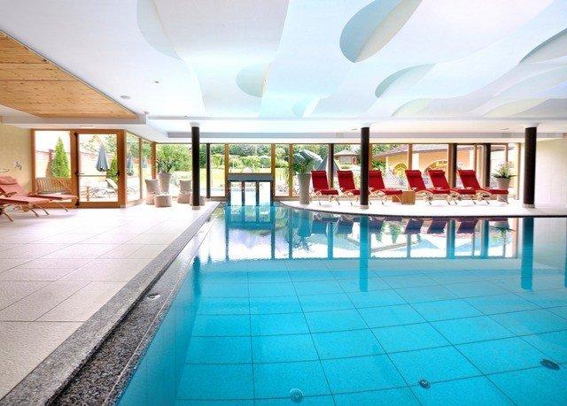 swimming pool leisure property Resort leisure centre condominium mansion