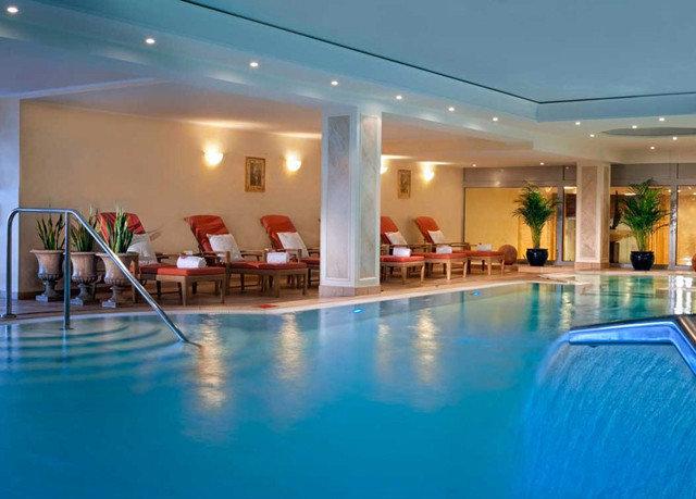 swimming pool property leisure Resort condominium leisure centre
