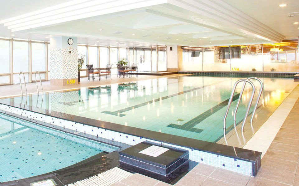 swimming pool leisure property leisure centre condominium Resort