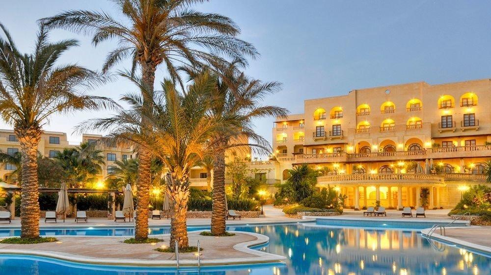 sky tree Resort plaza property condominium palace swimming pool resort town palm
