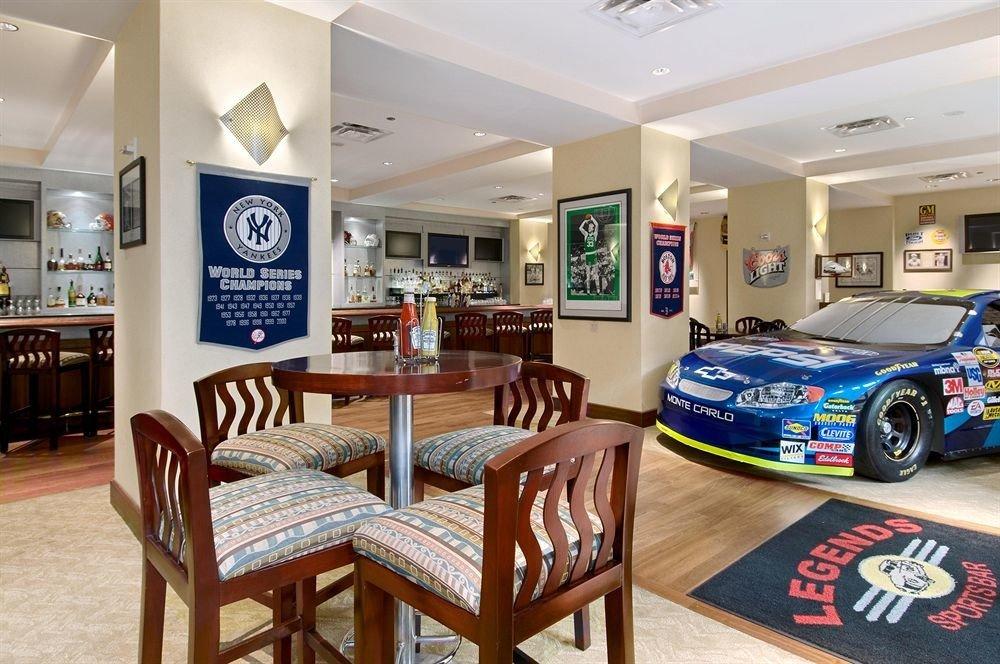property home recreation room restaurant Resort dining table