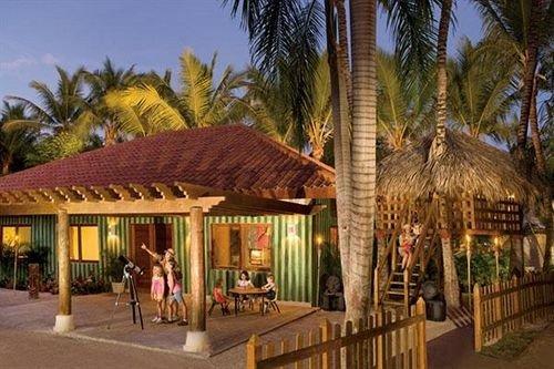 tree Resort property palm hacienda eco hotel plant restaurant