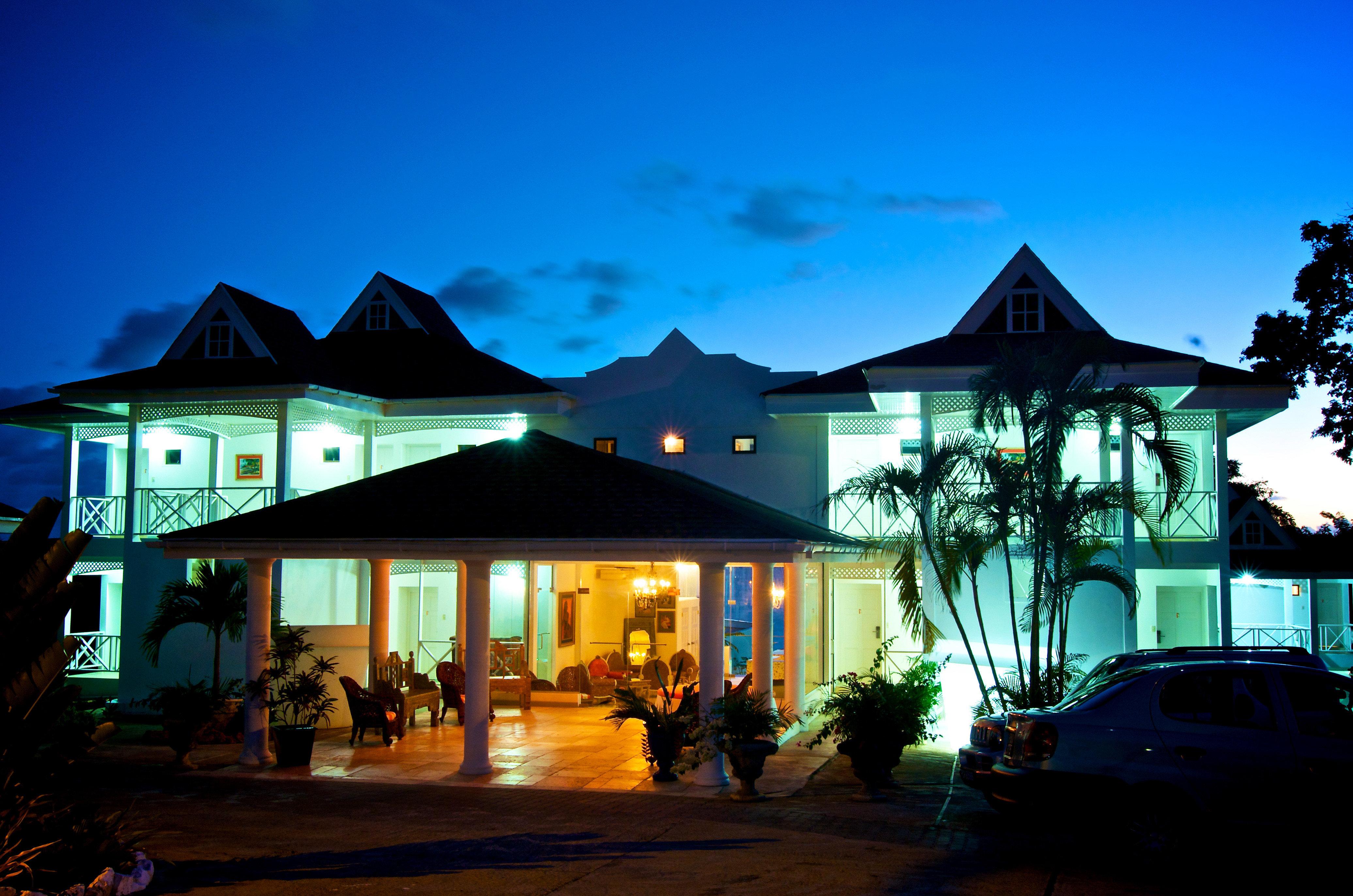 sky house Resort night restaurant evening home sign