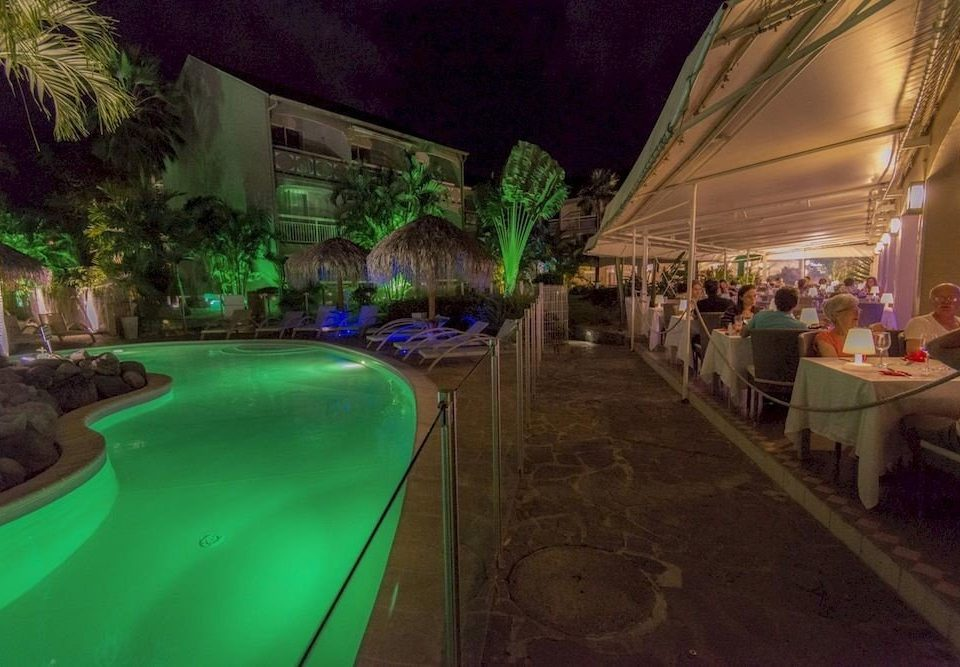 green Resort swimming pool screenshot mansion plant