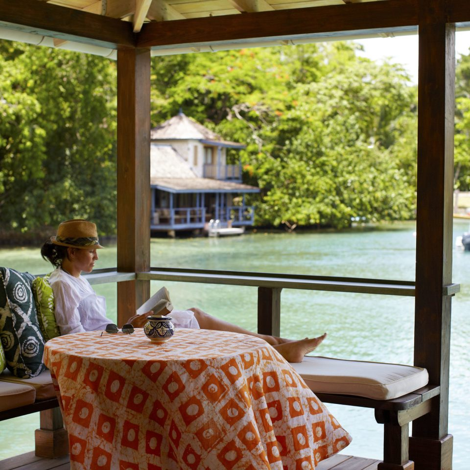 tree Resort outdoor structure leisure recreation house restaurant overlooking