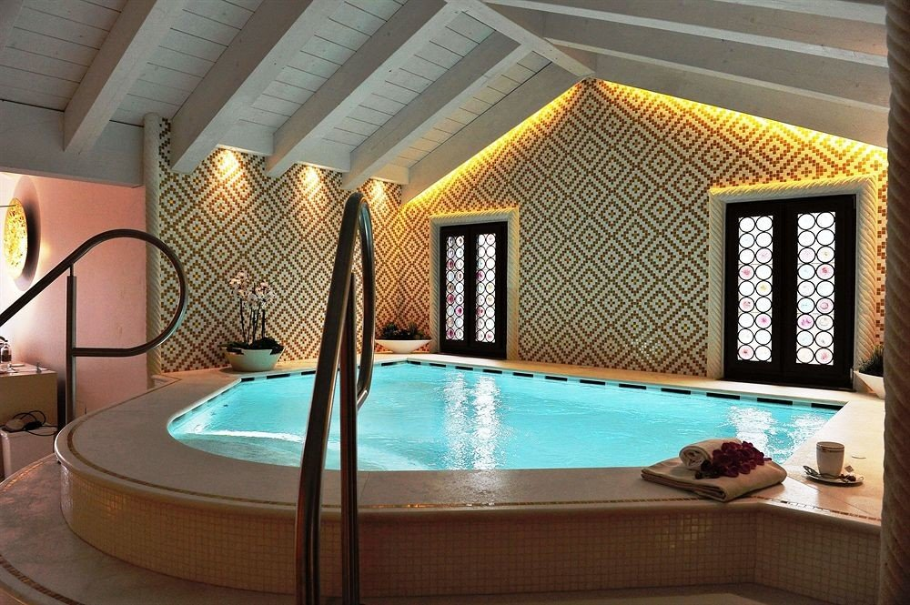 swimming pool property Resort jacuzzi