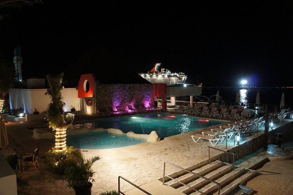 swimming pool Resort lighting restaurant night