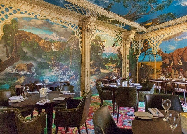 mural restaurant Resort set