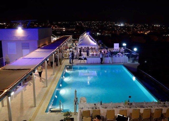 swimming pool Resort nightclub