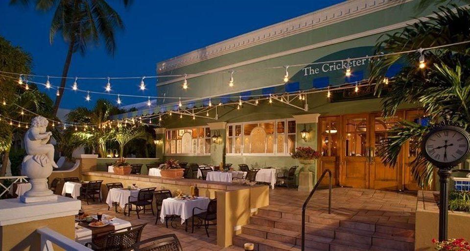 tree Resort restaurant plaza