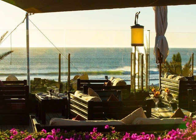Resort restaurant purple