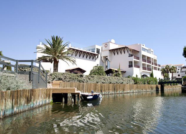 water sky property marina Resort River dock waterway Villa shore