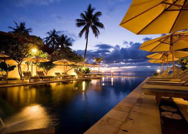sky water night evening Resort arecales Sea sunlight dusk swimming pool Sunset lined