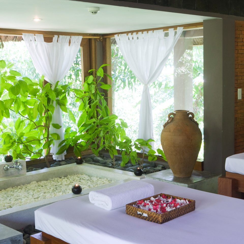 Resort Spa Wellness property home swimming pool Villa Suite cottage