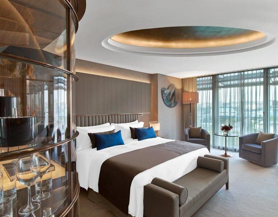 property chair yacht Suite condominium Resort living room mansion