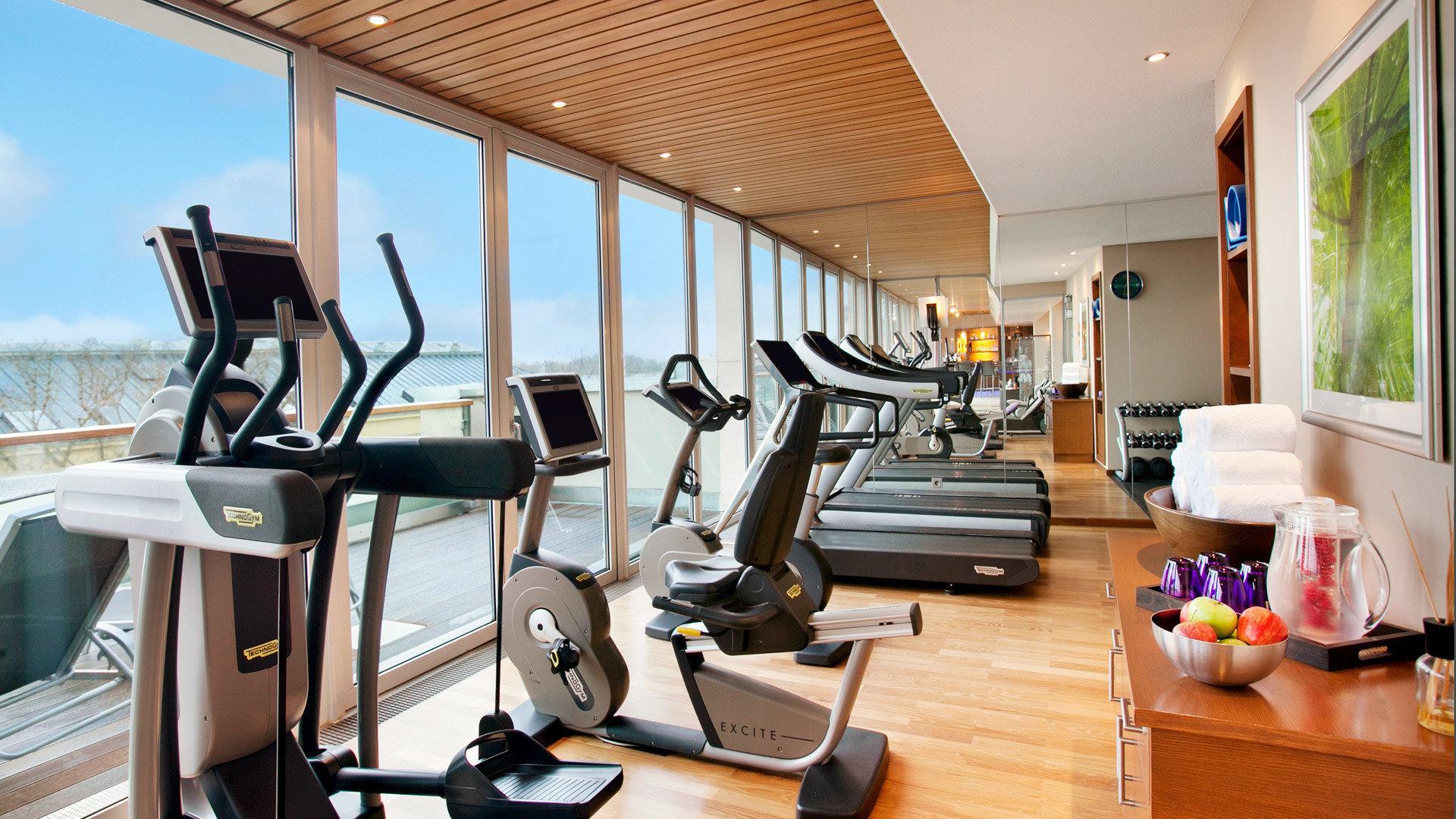 structure property chair condominium leisure sport venue home Resort gym Suite