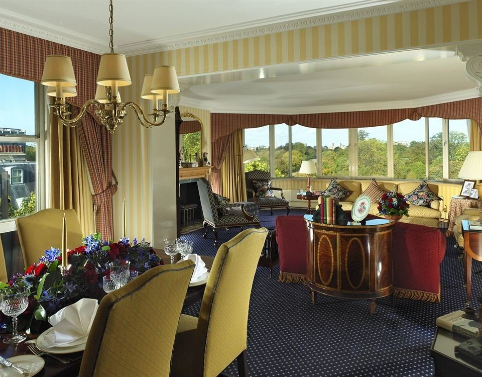 chair property restaurant Resort function hall living room Suite