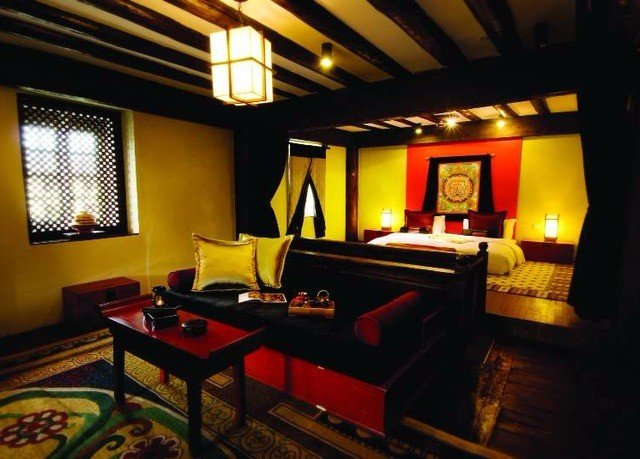 property recreation room Suite billiard room living room cottage Villa Resort