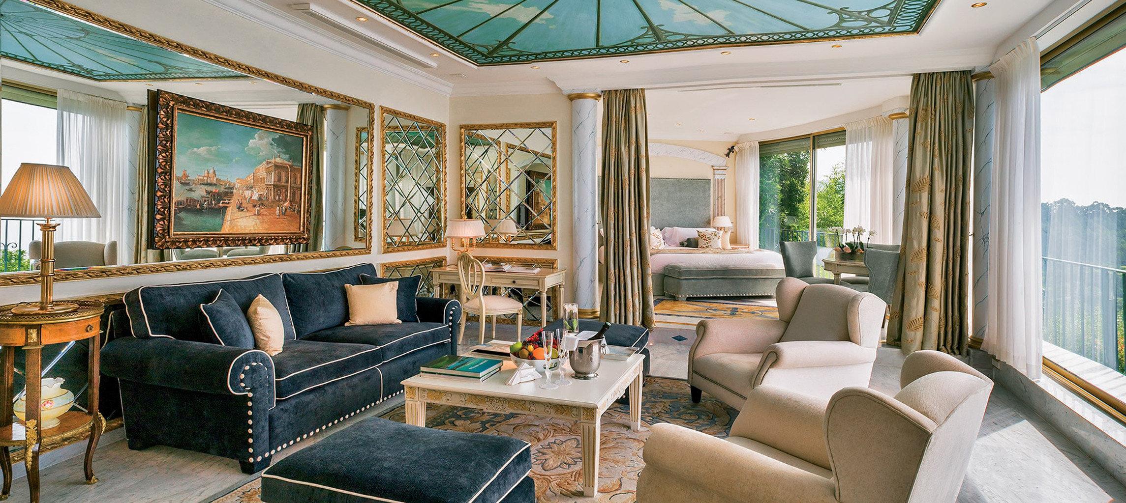 sofa chair property home living room Resort condominium mansion Villa vehicle porch cottage Suite leather
