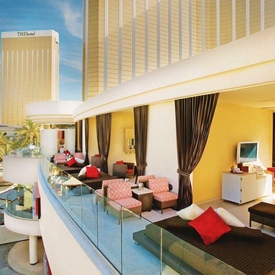 property leisure Resort condominium Villa home Suite cluttered